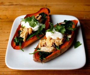 Sweet-Potato-Skins-with-Chicken-Roundup_zo3knw